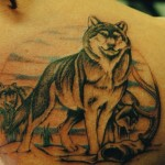 Wolf Tattoo vor dem Mond Tattoostudio Paderborn