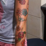 Blumen am Arm Tattoo Paderborn